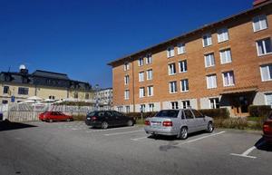 Lägenheterna i fastigheten på Rådhusgatan 54 har tidigare varit till enbart för statligt anställda. Men nu ändrar Östersundsbostäder på detta och gör om huset till ett renodlat studentboende.Foto: Ulrika Andersson
