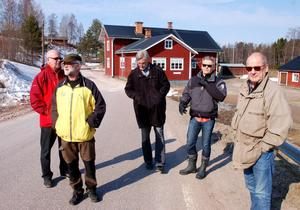 Seppo Penttinen, Gubb Jan Stigson, Göran Lambertz, Sven Å Christianson och Christer van der Kwast i Öje i lördags.