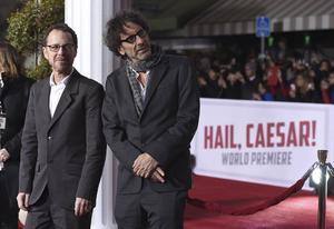 Ethan och Joel Coen vill inte göra långa filmer. Därför valde de att klippa bort scenen där den svenske skådespelaren Dolph Lundgren medverkade i