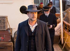 Russell Crowe spelar huvudrollen som den sörjande fadern Connor i