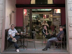 Ett mysigt litet kafé i charmiga kuststaden Possada på östra Sardinien.