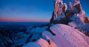 Cerro Stanhardt i Patagonien, Argentina. Stephan Siegrist går den sista sträckan till toppen.