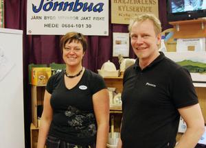 Ellinor Andersson och Per Gregorsson skaffade många värdefulla kundkontakter på mässan.