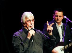 Tack & Hej. Den gamle mästaren, Ove Thörnqvist, bjöd i går på stor underhållning inför ett fullsatt konserthus.