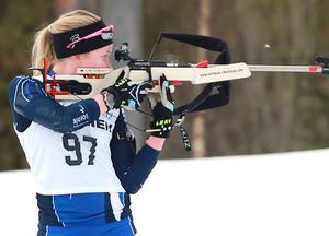 Hedetjejen Nicolina Lindqvist blev guldmedaljör i rullskidskytte i USA.