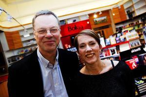 Felicia Feldt kom till Bokens Afton tillsammans med sin förläggare Svante Weyler.