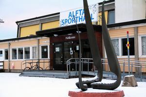Den gamla klassiska sporthallen i Alfta räcker inte längre till – vare sig vad gäller planyta eller tillgänglighet för alla föreningar.