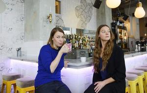 AnnaMaria Jansson och Caroline Hainer är aktuella i vår med var sin relationsroman.