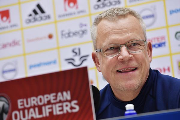 Janne Andersson på torsdagens presskonferens inför playoffmatchen mot Italien.
