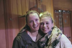 Skästrateaterns Sofia Lindström och Johanna Bakke, planerar sommarens föreställning
