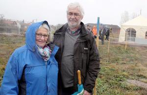 Ann-Kristin och Sven-Åke Farås har valt att flytta från Tullinge till Åbrinken i Arboga.