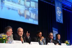 IPCC när de presenterade sin slutrapport i Stockholm.