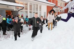 Barnen på Stenhamreskolans mellanstadium tycker om att röra på sig, något som tävlingen också vill uppmuntra till. Den går ut på att de deltagande skolorna under två veckor på höstterminen går, cyklar, eller reser kollektivt till och från skolan, vilket ger respoäng.