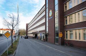Här i polishuset i Sundsvall finns gränspolisen.
