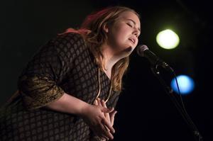 Anna Gafvelin Lindström sjöng bara med pianokmop.
