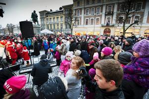 Förra året var Stortorget fullt när första luckan öppnades.