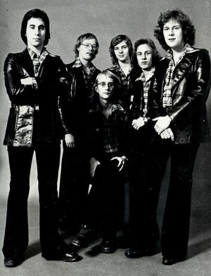 Peter Björk, Anders Hector, Chino Mariano, Peter Forbes, Claes Bure och Roger Capello.