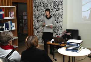Ulrika Stenbäck Lönnqvist delade med sig av sin kunskap om människans förhållande till träd och deras magiska inneboende krafter.