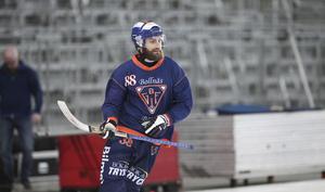 Tobias Björklund tränade med Bollnäs på SM-finalarenan den 24 mars, men var inte ombytt i finalen mot Edsbyn dagen därpå. Bollnäs förlorade SM-finalen med 1–3.