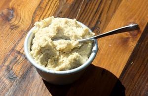 Hummus på cashewnötter.