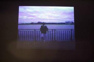 """Ur Maria Lindberg video """"Man walking by"""""""