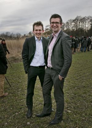 Mötet fick vänta. Daniel Eberle och Tobias Ljungquist från Stockholm bara släppte allt och drog – utan ytterkläder.