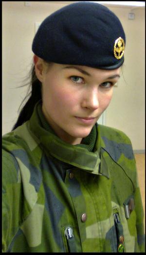 Sofie Bodén från Bollnäs vill gärna se ökat arbete för jämställdhet inom det svenska försvaret.