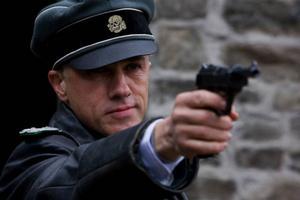 Iskall SS–officer, men artigheten och språkbegåvningen har skådespelaren Christoph Waltz gemensamt med sin skrämmande rollfigur Hans Landa. Foto: Francois Duhamel