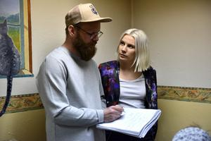 Mathias Eriksson och Sara Johansen kommer att arbeta med inredningen av lokalen.