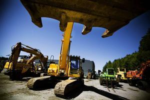 I fyra år har Bergs kommun köpt grävjobb av ett företag utan att ha genomfört en offentlig upphandling. Om kommunens anmäls och döms för brottet får skattebetalarna stå för slutnotan.