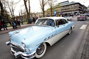 Cruisingen i Gävle är en bilismens högtid. Men är bilens dagar räknade?