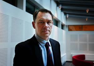 24-åringens advokat Fredrik Lindberg säger att hans klient hävdar att han är oskyldig.