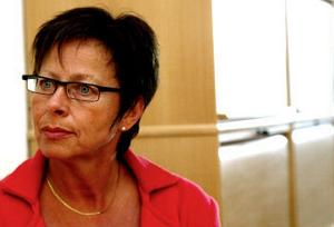 Hemtjänstchef Rose-Marie Carlsson lovar gå till botten med missförhålladena inom hemtjänsten.