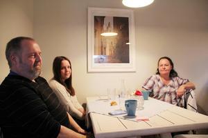 Göran Enberg, Petra Enberg och Marie Åkerlund hade kommit till Glösbolagret för första gången.