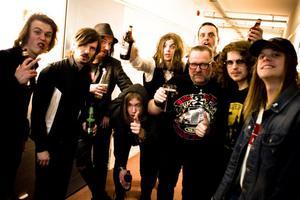 Det bästa av två svenska rockgenerationer måhända.