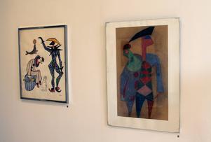 Harlekin & Pierrot, en pastell från 1948 och ett linoleumtyck/akvarell från 1985.