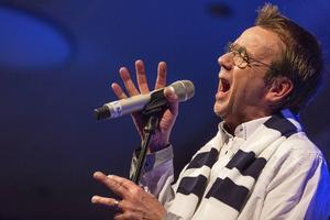 Björn Skifs på scen igen efter sjukskrivningen