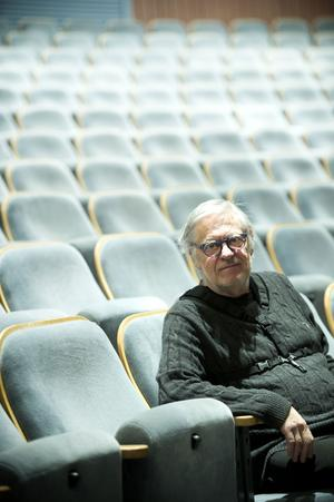 Helge Albin, bandets konstnärlige ledare.