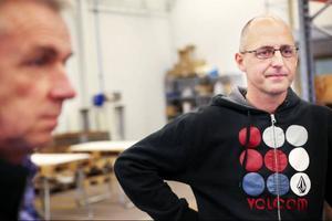 Nu vill Nils-Åke Hallström och Fredrik Hallström på företaget Nordsamverk ta steget ut på exportmarknaden med sina specialtillverkade produkter för sjukhus. Främst är det Norge de sneglar på.