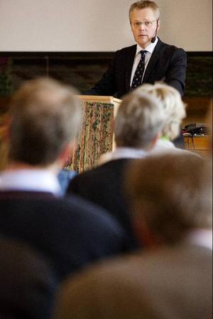 Jöran Hägglunds, statssekreterare, främsta tips till företagare som funderar på generationsskifte är att börja planera i tid.