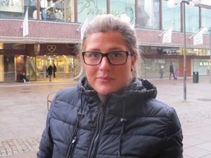 Ida-Maria Engren, 25, föräldraledig, Gnesta:– Jag tycker inte om pizza och har aldrig gjort det. Ibland offrar jag mig för min sambo, det blir något enkelt i så fall, med ost och skinka.