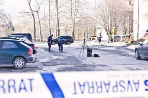 I slutet av mars inträffade ett våldsamt bråk i centrala Östersund. Två män omhäktades på torsdagsförmiddagen för mordförsök och grov misshandel.