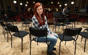 """Sofia Eriksson tävlar med sin låt """"Listen to your hart 4 ever"""". Kanske spelar hon också ukulele. Foto: Johnny Fredborg"""