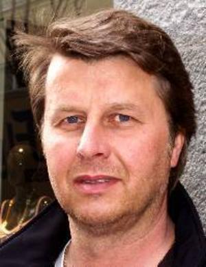 Göran Wallström, 47 år, Ytterhogdal:– Ja, därför att jag var tvungen för att kunna göra avdrag för resorna till och från jobbet. Jag hade en kille som hjälpte mig.