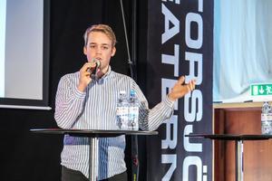 Anton Nordqvist (MP) sitter i regionstyrelsen och förespråkar ett Region Norrland där Region Jämtland Härjedalen är med.