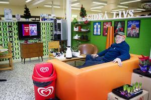 Redan när Gideå livs invigdes i april 2011 stod det klart att butiken skulle bli en av kommunens servicepunkter, med dator -och fikahörna bland annat.