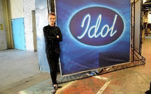Erik Rapp gör succé i årets Idol. DD Nöje fick följa med bakom kulisserna när det vankades repetition inför veckans fredagsfinal. Foto: Cecilia Burman