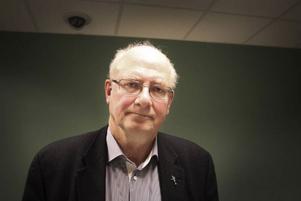 Christen Raestad, norsk vattenexpert, drog paraller till parasitutbrott i Bergen som han känner väl till.