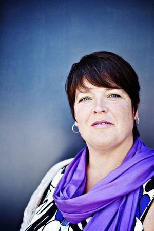 Utbetalningarna av försörjningsstöd i Gävle är rekordhöga. Carina Blank hoppas kunna använda budgetöverskottet till utbildning för personer som står utanför arbetsmarknaden. Arkivbild.