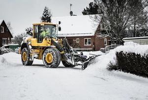 Vinterväghållningen 2019 förmodas kosta kommunen avsevärt mer än vad man budgeterat. Foto: Peter Ohlsson/Arkiv